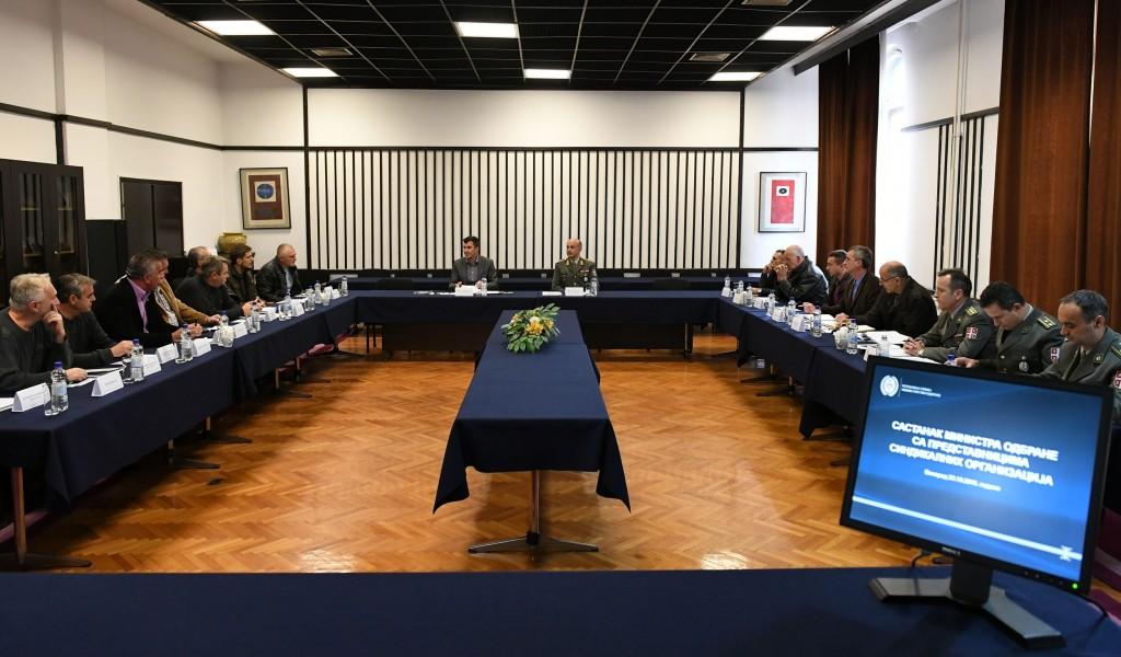 Састанак министра одбране са представницима синдикалних организација