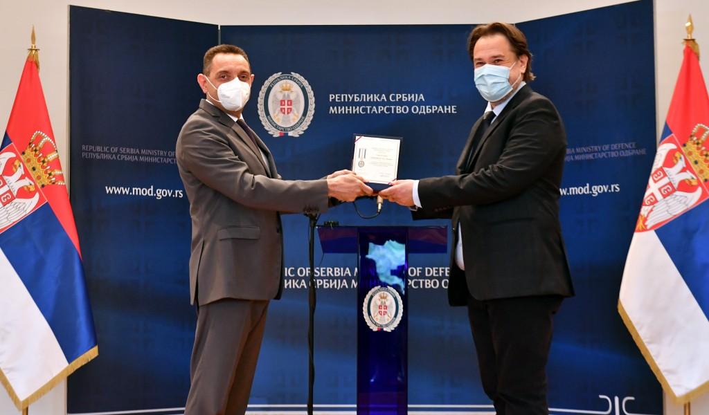 Ministarstvo odbrane zahvalilo domaćim privrednicima koji su pomogli u borbi sa Covid 19