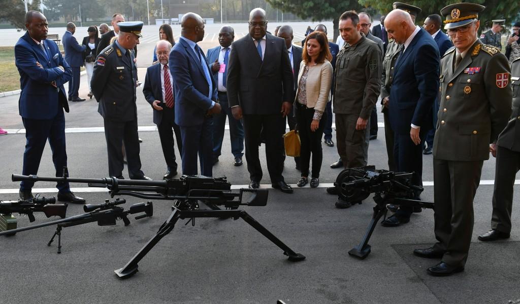 Ministar Vulin i predsednik DR Kongo obišli kapacitete Vojne akademije