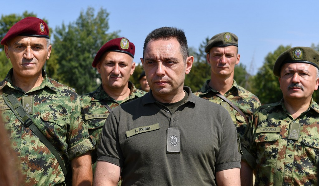 Министар Вулин Сви припадници војске први пут имају осигурање