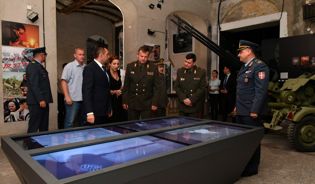 Белоруски министар одбране генерал потпуковник Андреј Равков обишао изложбу Одбрана 78
