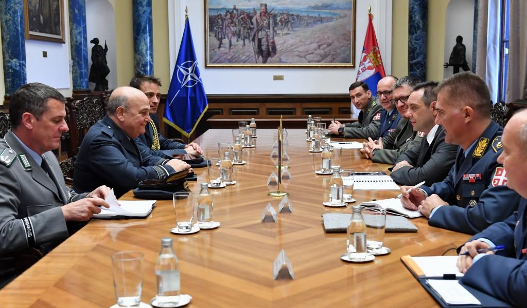 Састанак министра Вулина са генералом Пичом