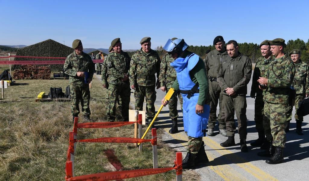 Ministar Vulin Vojska Srbije će obnoviti i vratiti se u svoje objekte uništene u NATO agresiji
