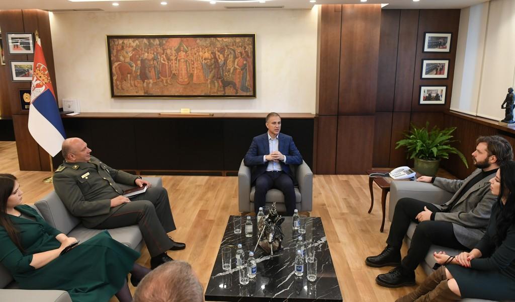 Министар Стефановић уручио захвалнице за успех на такмичењу Армија културе
