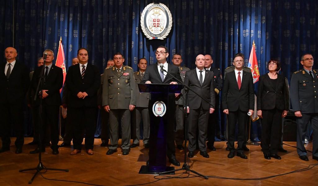 Унапређење стандарда и модернизација војске приоритети Mинистарства одбране