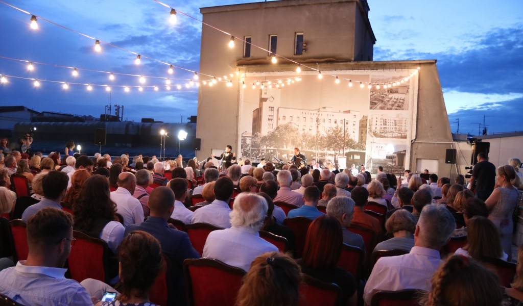 Concert An Evening with Danka held on the terrace of the Central Military Club