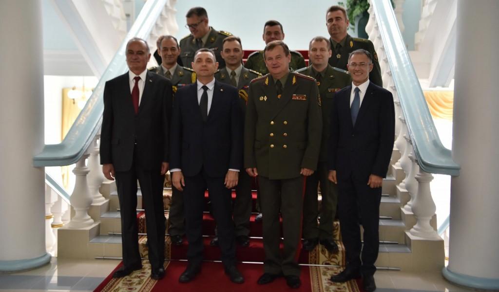 Министар Вулин Изузетни односи Вучића и Лукашенка унапређују односе Србије и Белорусије