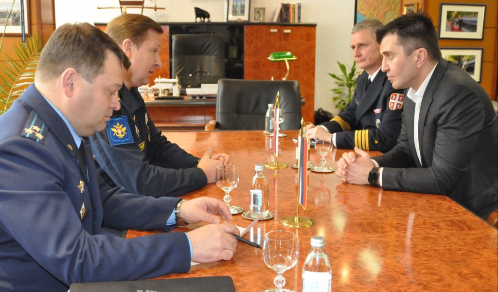Ministar Đorđević sa izaslanikom odbrane Ruske Federacije