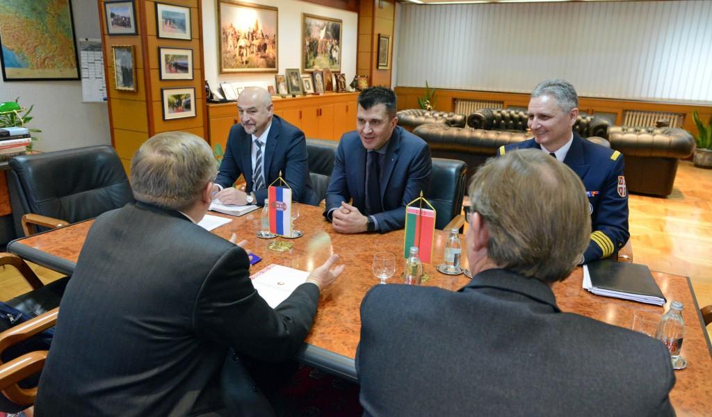 Састанак министра одбране са амбасадором Белорусије