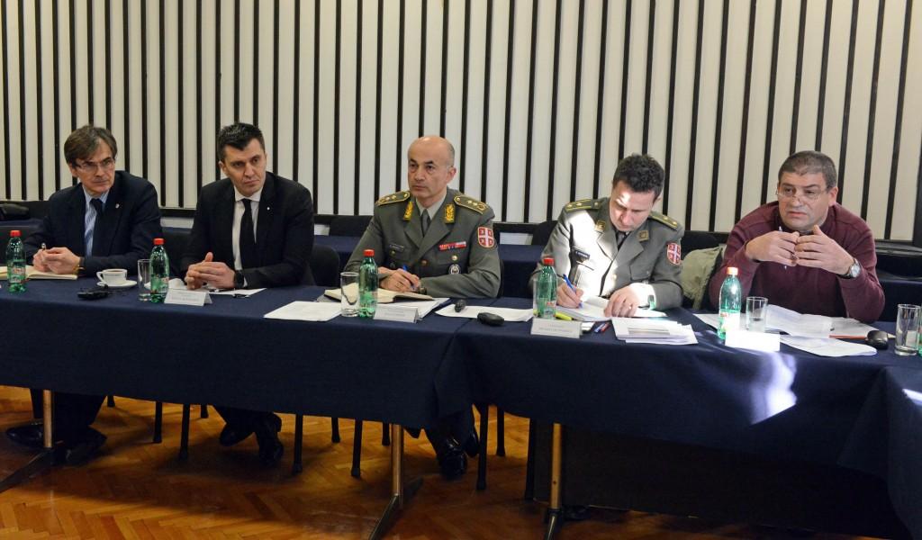 Sastanak ministra odbrane sa direktorima i predstavnicima sindikata Odbrambene industrije Srbije