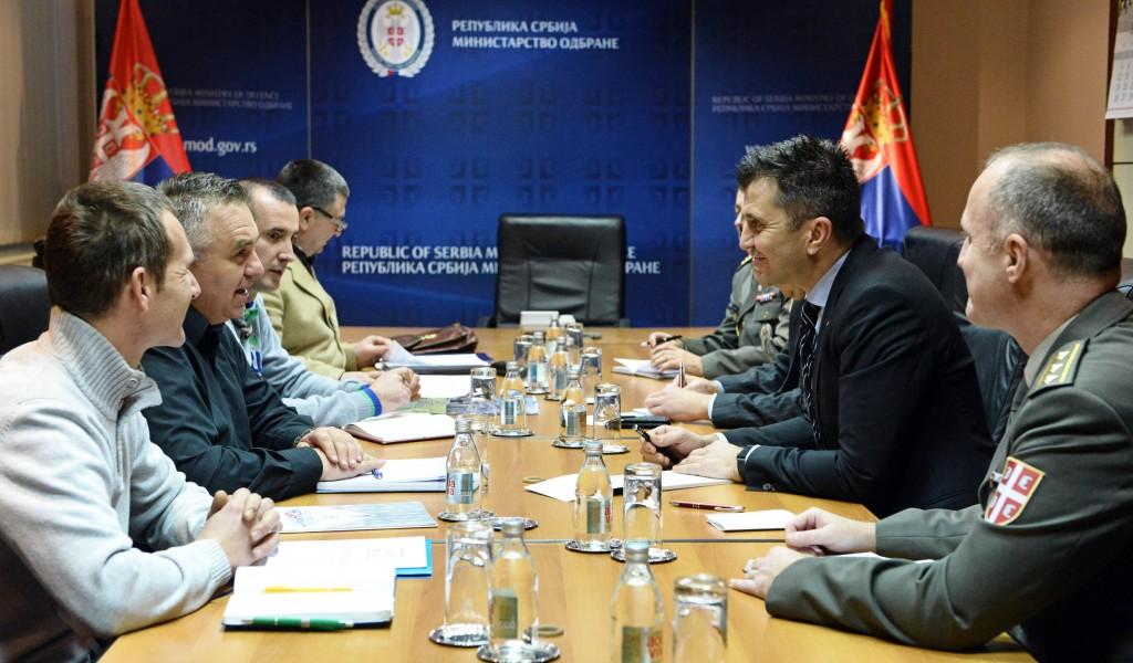 Министар одбране са представницима синдиката Независност