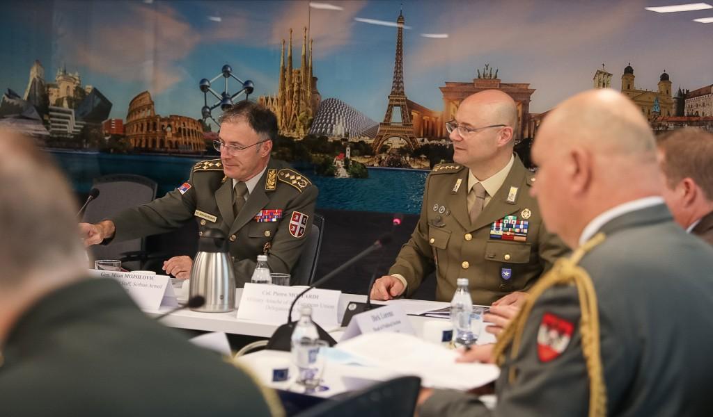 Предавање начелника Генералштаба генерала Милана Мојсиловића о војној сарадњи са ЕУ