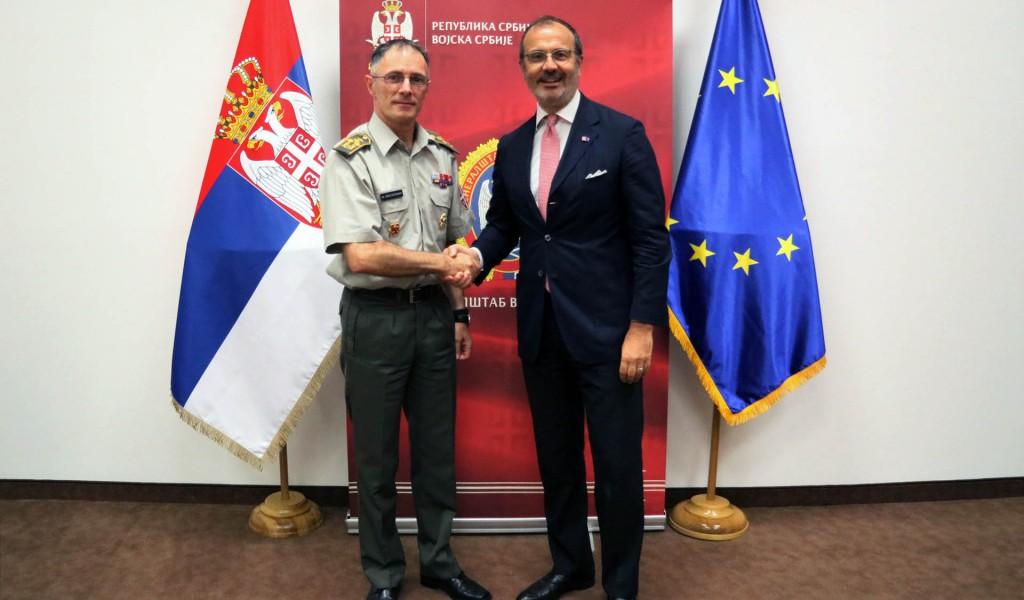 Састанак генерала Мојсиловића са шефом Делегације Европске уније у Србији Семом Фабрицијем