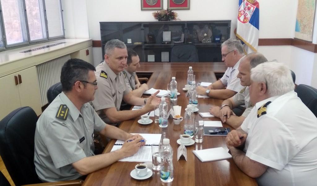 Унапређење сарадње са страним војним представницима акредитованим у Србији