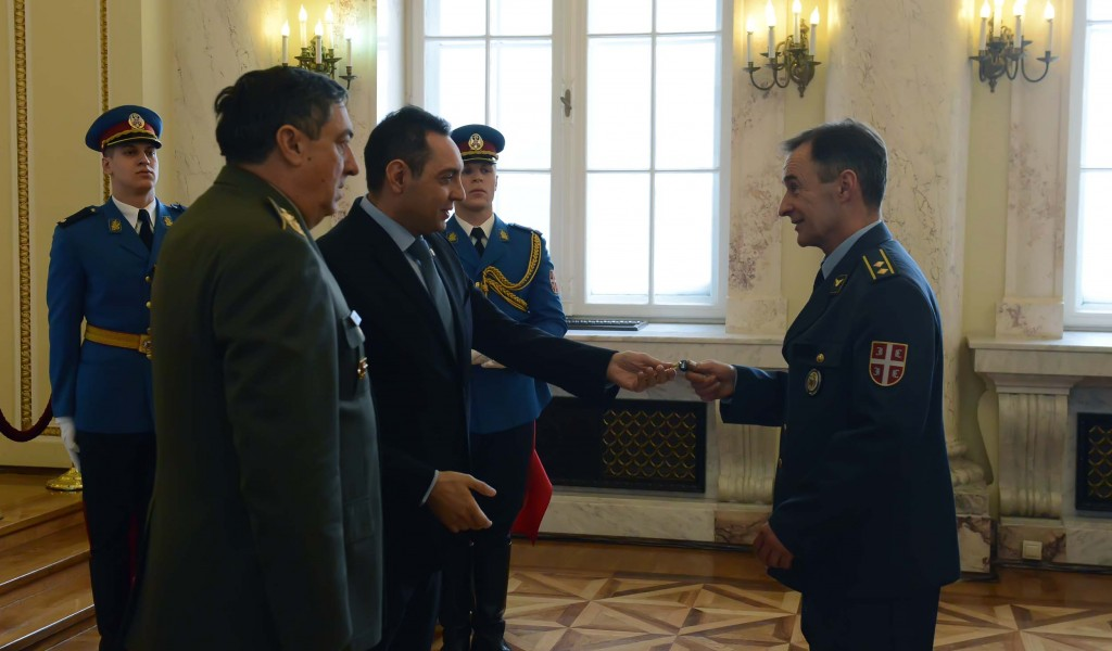Додељени кључеви станова припадницима Министарства одбране и Војске Србије