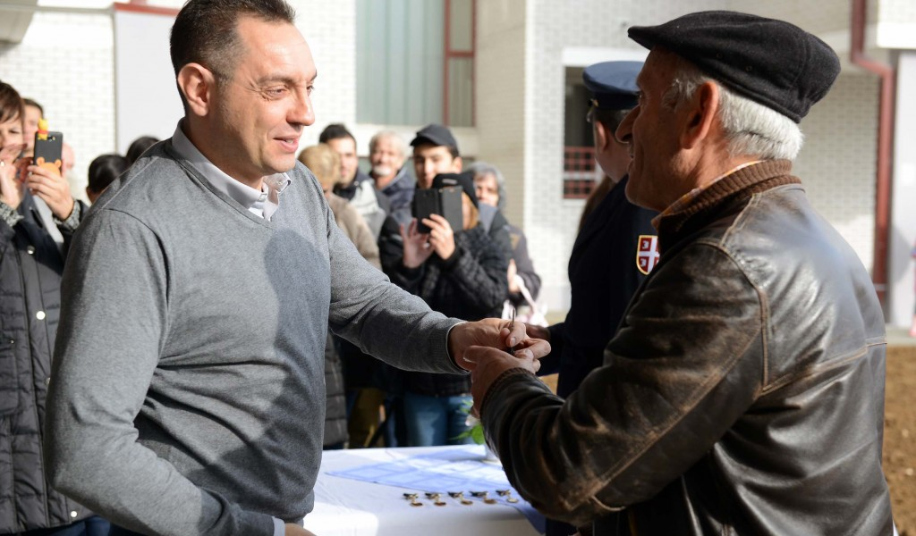 Minister Vulin The state takes care of members of the security sector