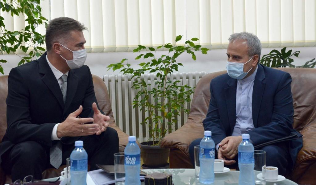 Састанак помоћника за политику одбране са амбасадором Ирана