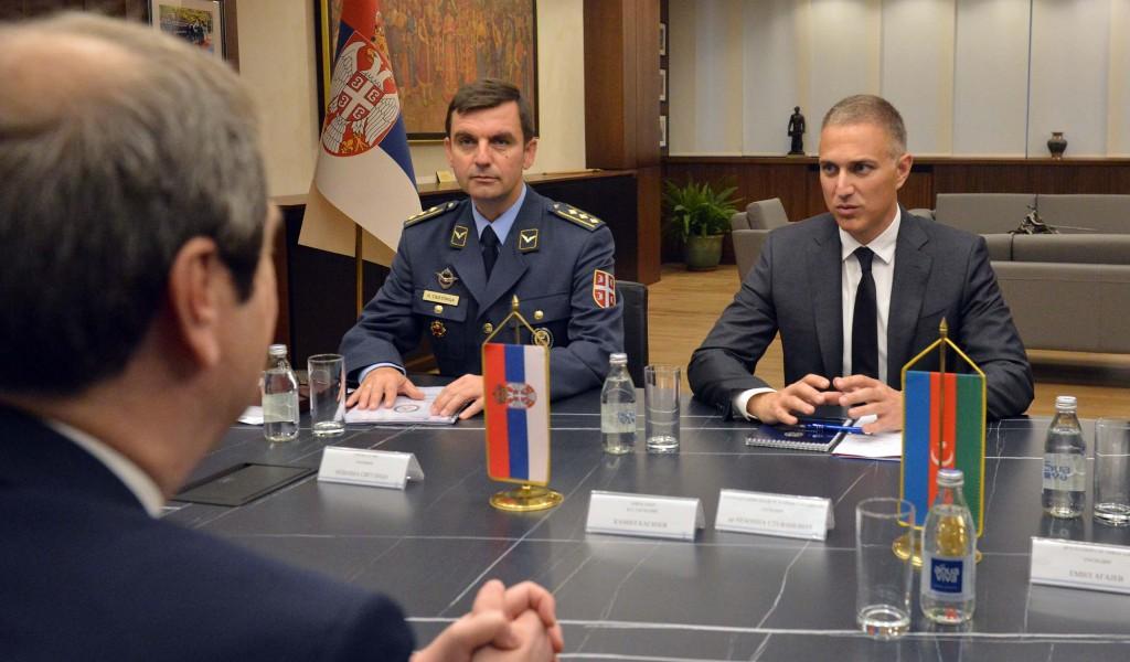 Састанак министра Стефановића са амбасадором Азербејџана Хасијевом
