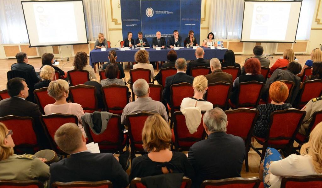 Представљено двојезично издање Националног акционог плана за примену Резолуције 1325