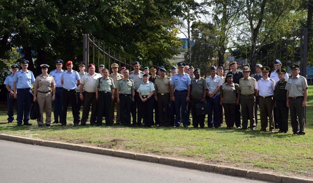 Foreign military representatives visit Moma Stanojlović Institute