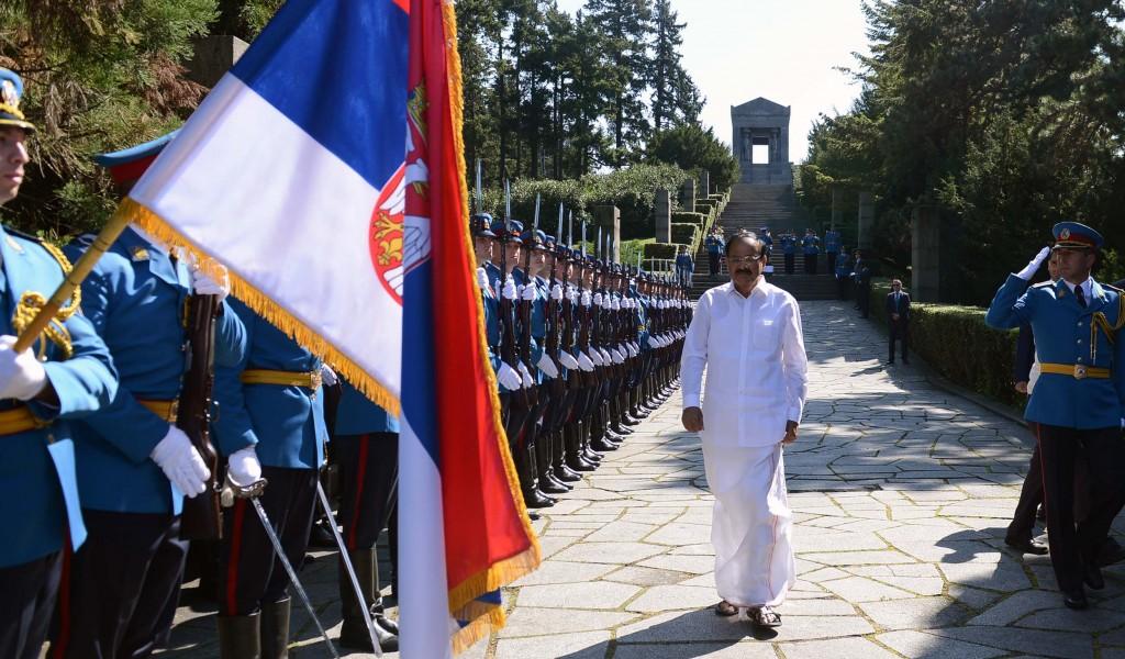 Потпредседник Републике Индије положио венац на Споменик незнаном јунаку