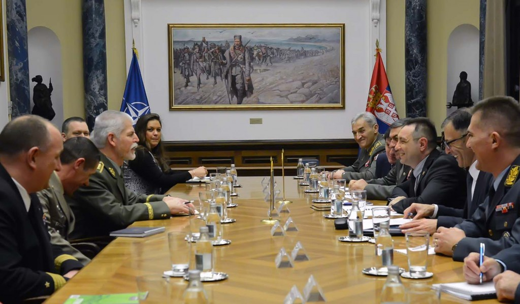 Састанак министра одбране са председавајућим Војног комитета НАТО