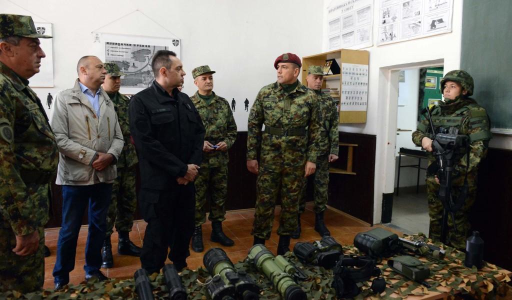 Бољи материјални положај припадника Војске је наша посебна обавеза и одговорност