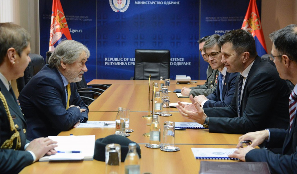 Састанак министра одбране с амбасадором Словеније