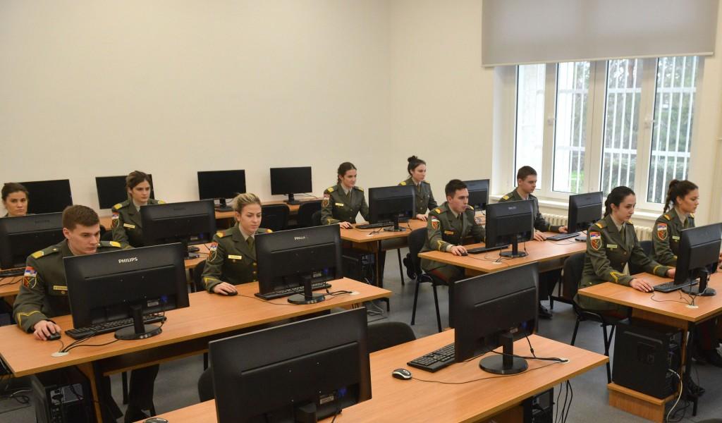 Onlajn platforma Vojne akademije za pripremu prijemnog ispita iz matematike