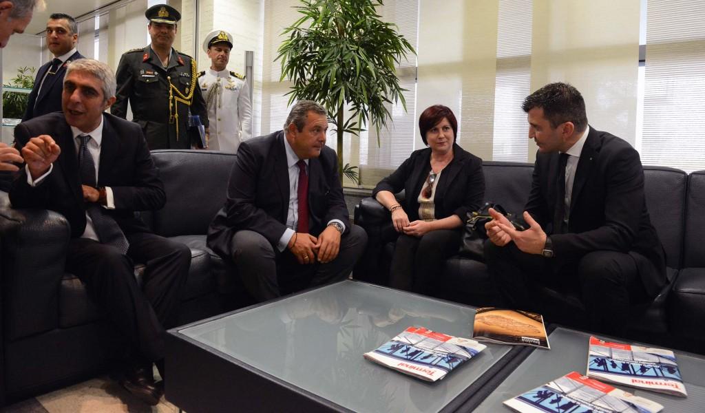 Сусрет министара одбране Србије и Грчке