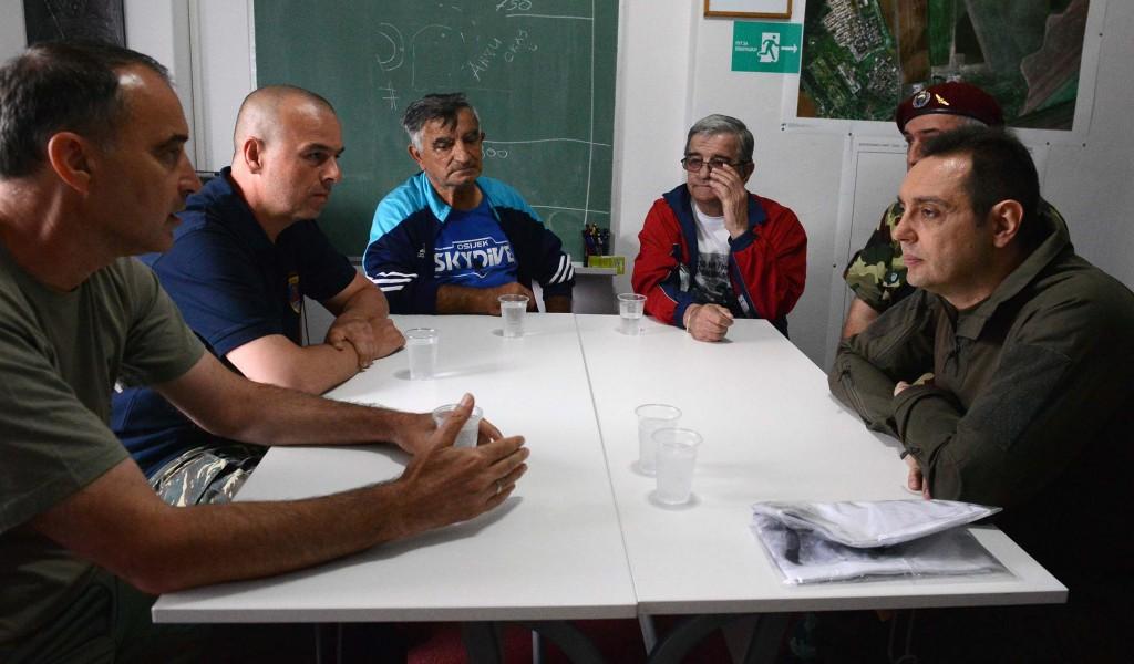 Министар Вулин Један од приоритета је сарадња са ветеранима