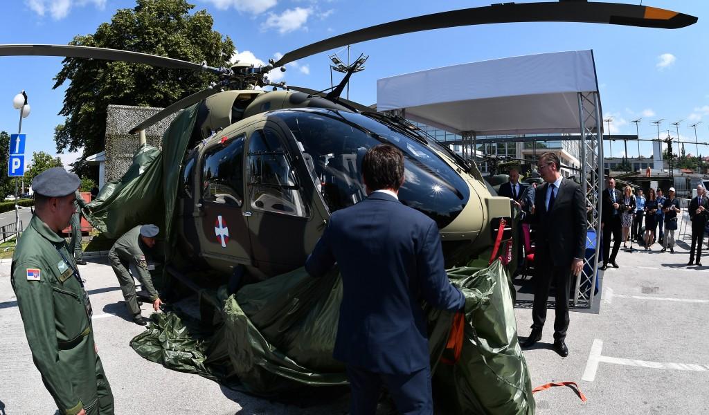 Predsednik Vučić Imaćemo više helikoptera nego ikada ranije