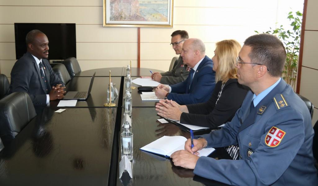 Sastanak državnog sekretara Živkovića sa ambasadorom Surinama