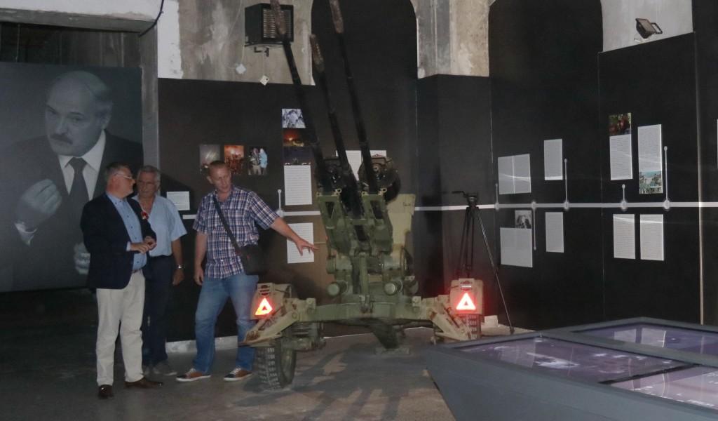 Delegacija Instituta ratnog nasleđa Kraljevine Belgije posetila izložbu Odbrana 78
