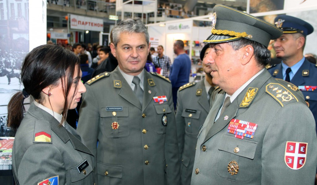 General Diković visits the Book Fair