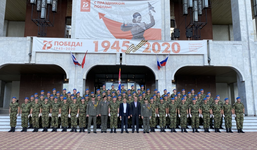 Minister Vulin Visited Members of the Guard of the Serbian Armed Forces in Moscow