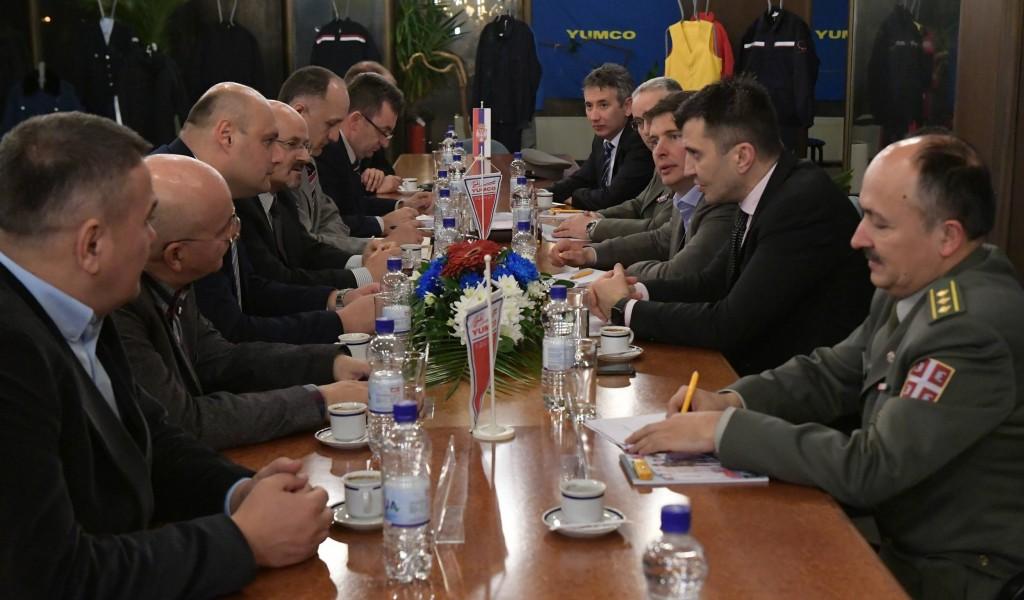 Министар одбране у посети Јумку