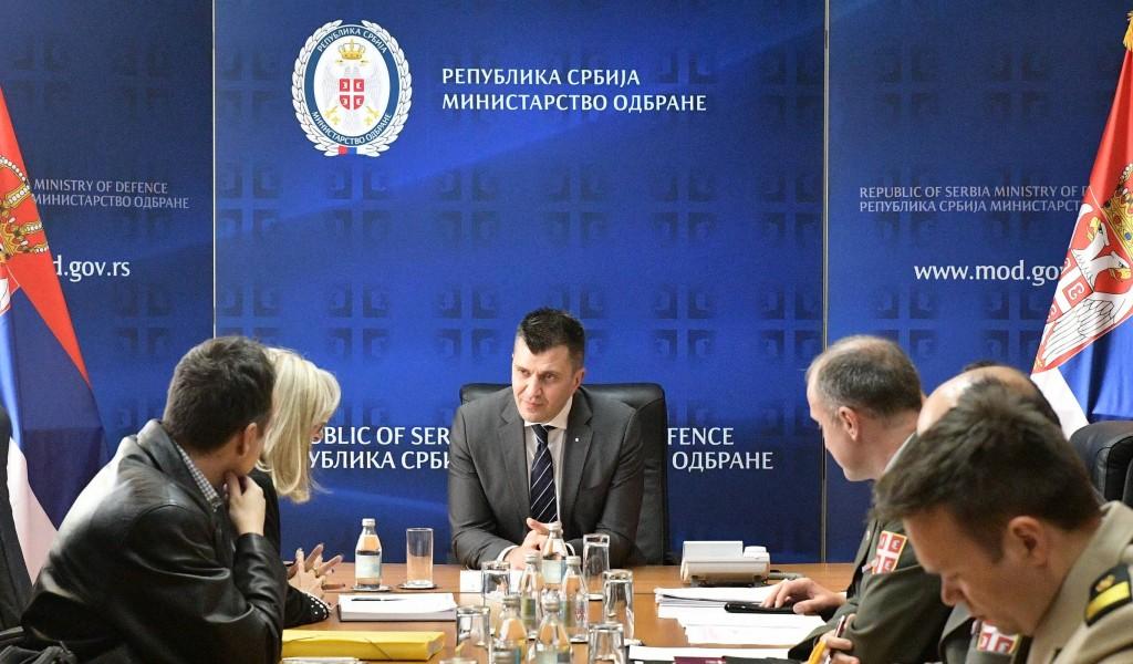 Састанак министра одбране са представницима војних синдиката