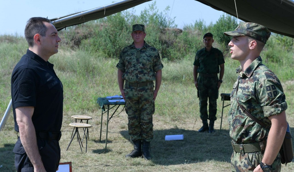 Unannounced Visit from the Minister of Defence to the Training Ground Peskovi