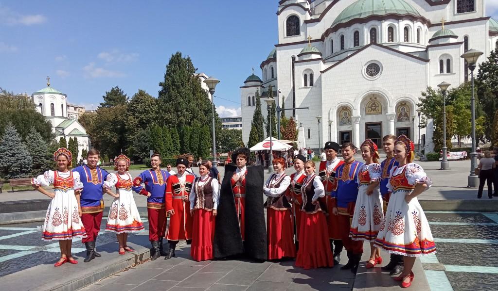 Members of Krasnaya Zvezda ensemble take tour of Belgrade s cultural heritage sites