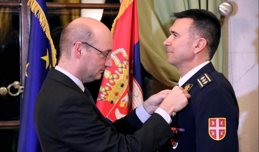 Пуковнику Рашети француски орден Националног реда за заслуге