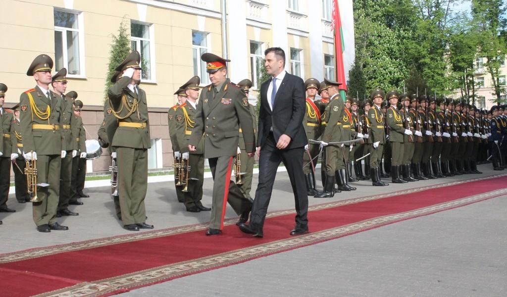 Министар одбране у Белорусији