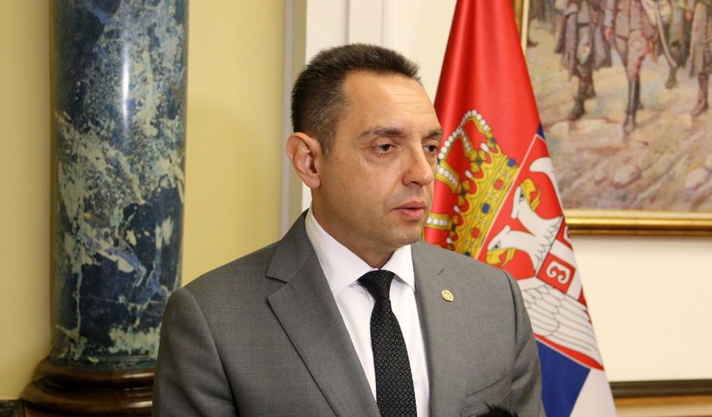 Ministar Vulin Srbija će pobediti korona virus ali Ugljanin svoju pohlepu i ludilo neće