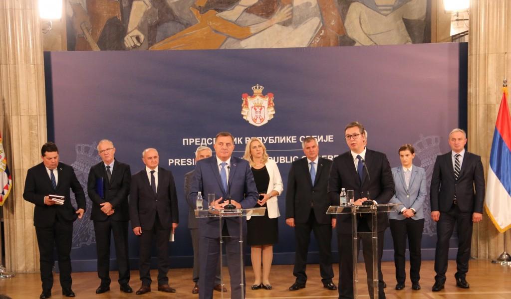 Председник Вучић Опредељени смо за дијалог очување мира и стабилности