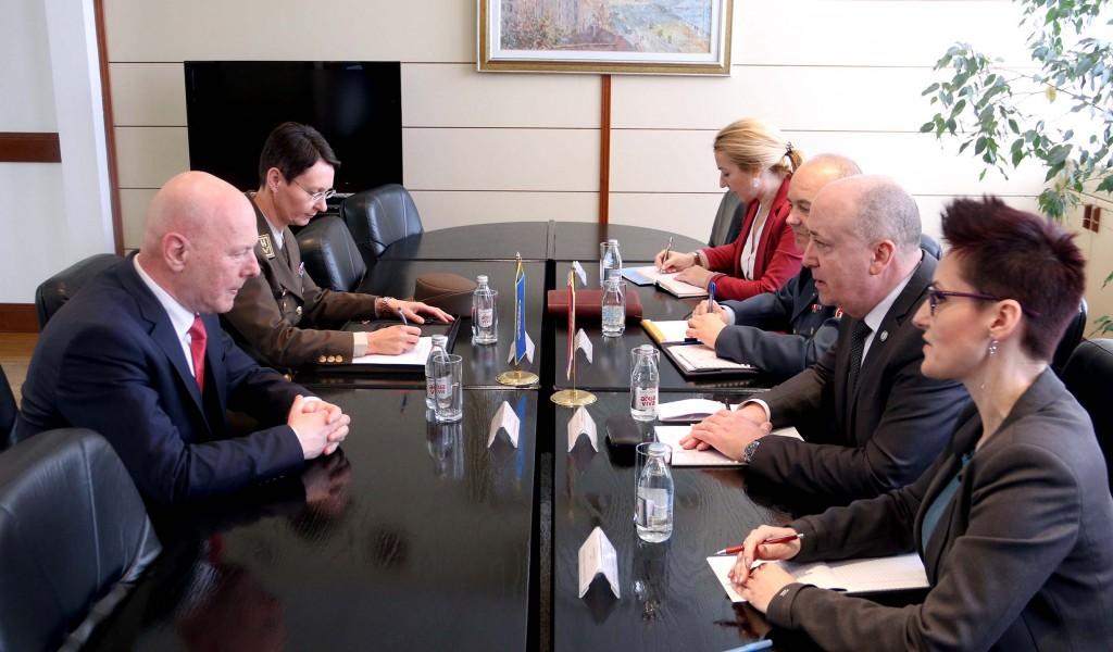 Sastanak državnog sekretara Živkovića sa direktorom RACVIAC a