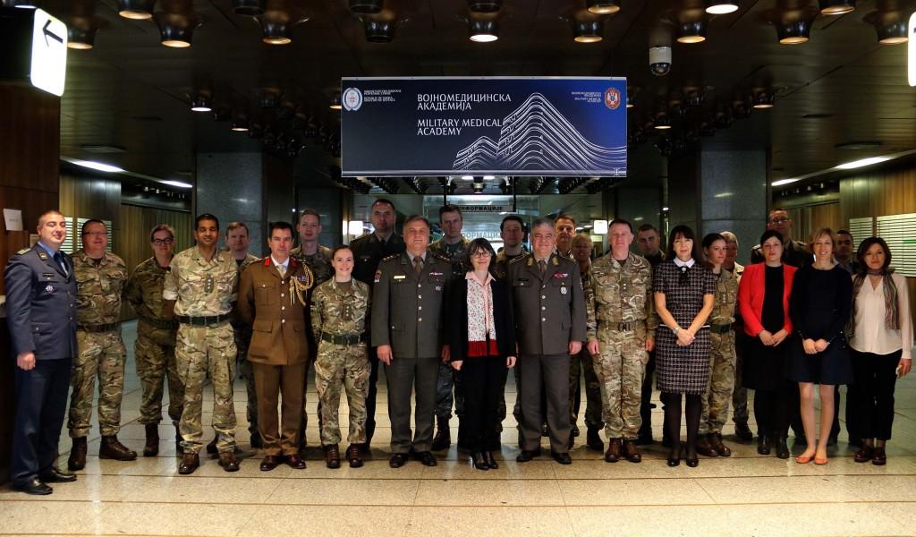 Амбасадорка Меклауд посетила Управу за војно здравство