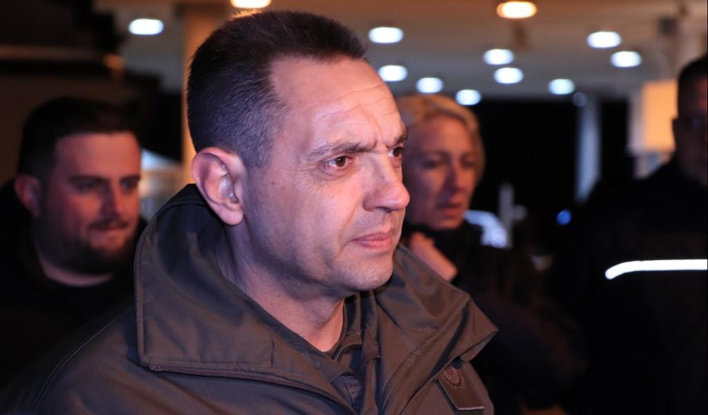 Ministar Vulin Nećemo dopustiti da nas migranti svađaju sa susedima i ometaju život građana Srbije