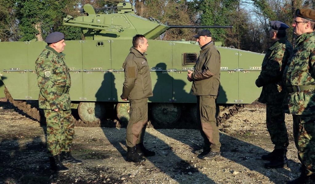 Министар Вулин Војска Србије је спремна за изазове захваљујући својој памети и знању
