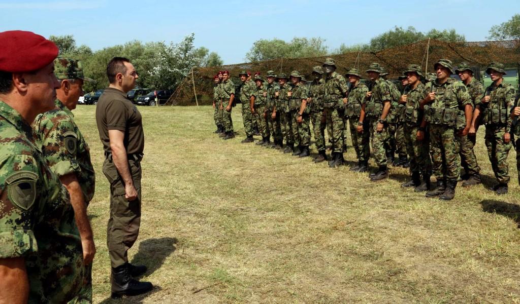 Ministar Vulin Vojska se ne stvara preko noći