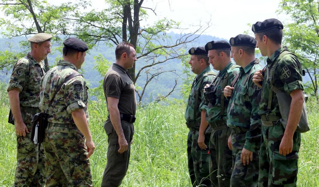 Министар Вулин Без јаке војске нема мирне и стабилне Србије